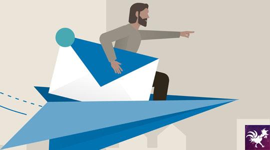 Desenho de pessoal voando com avião de papel segurando uma carta.